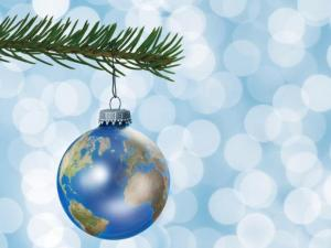 earth_globe_christmas_tree_ornament1.preview